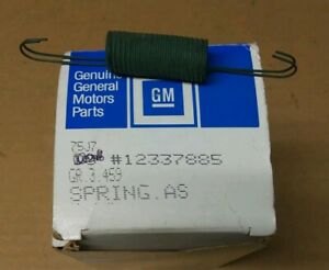 New Genuine Gm Oem Throttle Return Spring Gm 12337885