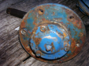 Vintage Ford 1210 3 Cyl Diesel Tractor spindle Hub Assembly Lh