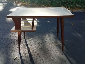 Mid Century Modern Formica And Chrome Detailed Step Table Tapered Pencil Legs