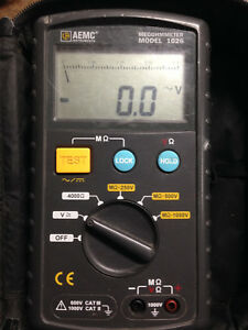 Aemc 1026 Digital Megohmmeter W Leads And Cloth Case