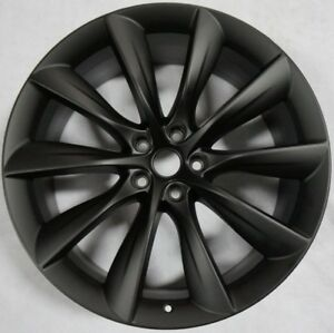 Model X Black 22 Inch Staggered Rear Wheel lightly Used