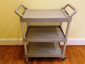 Euc Rubbermaid 3424 88 Grey 3 shelf 200 Pound Utility Cart W brushed Aluminum