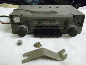 1970 74 Mopar A Body Am Radio Dart Duster Demon Works Super Clean Free Shiping