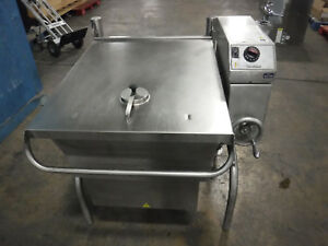 Cleveland Sgl 30 t1 Gas Tilting Skillet 30 Gallons Year 2013