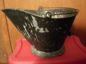 Vintage No 17 Reeves Galvanized Coal Scuttle Bucket W Shovel Fire Place