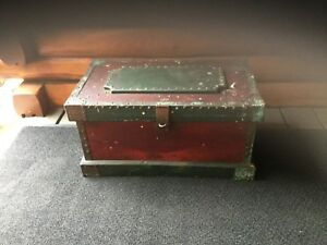 Old Primitive Antique Wood Carpenter S Tool Storage Chest Box Folk Art Must See