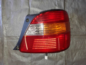 1998 1999 2000 Lexus Gs300 Cs400 Right Passenger Side Tail Light Nice Oem