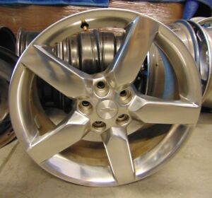Chevy 2010 2015 Camaro 19 Inch Oem Wheel Polished 92197467 2 Wheels