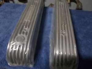 Offenhauser Valve Covers Nailhead Buick Polished Finned Aluminum