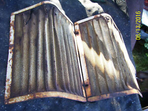 Vintage Ji Case 630 Gas Tractor grille Screens 18 1 4 X 13 1 2 1959