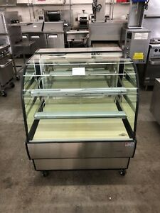 Federal Cgd3642 36 Dry Curved Glass Bakery Display Case Refurbished