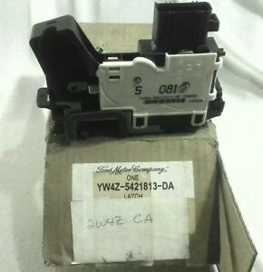 Nos Ford 2000 Lh Drivers Side Inside Door Latch Assembly Yw4z 5421813 da 1