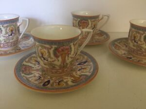 Royal Worcester Demitasse Cup And Saucers England Set Of 6
