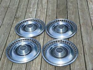 1967 Buick Riviera Hubcaps Wheel Covers 67