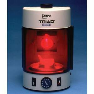 Dentsply Triad 2000 Dental Visible Light Curing Unit