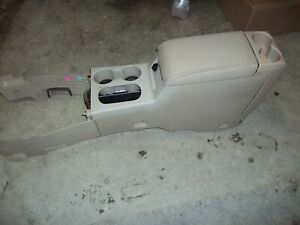 2006 2010 Ford Explorer Mountaineer Center Floor Console Assembly Armrest Tan