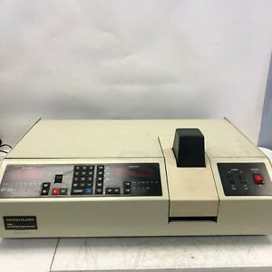 Perkin Elmer 559a Uv vis Spectrophotometer Tested And Working Light Wear