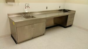 Stainless Steel Laboratory Cabinet With Sink
