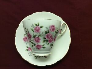 Regency Bone China Tea Cup And Saucer Roses Made In England Vintage