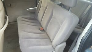 2006 Chrysler Town Country Second 2nd Row Bench Seat Gray Cloth 2001 2007