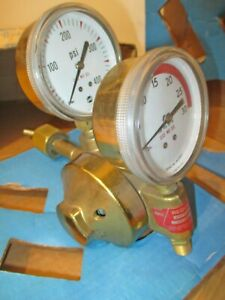 Vintage Airco Two Stage Acetylene Regulator 2 3 4 Gauges 806 8402