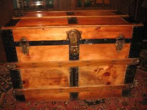 Antique Flat Slat Top Steamer Trunk Stage Coach Chest Natural Coffee Table