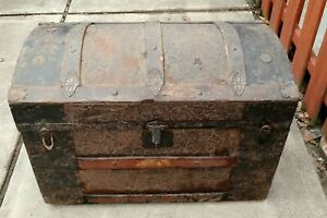 Vintage 1800 S Metal Inlay Camel Back Steamer Trunk Chest Extremely Rare