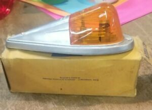 718 1101 Nos Vintage Visall Truck Cab Orange Clearance Light Assembly