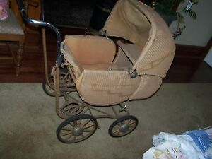 Vintage Hedstrom Union Wicker Baby Carriage Buggie