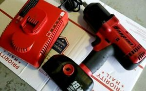 Snap On 18v Cordless Impact Ct6818 W Battery And Charger