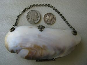 Antique Victorian Red Interior Old World Clasp Hinge Sea Shell Clam Purse 1800s