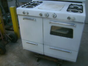 Vintage Antique Kenmore 4 Burner Gas Stove Oven Great Condition