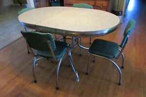 Vintage 1960 S Retro Chrome Trimmed Green And Gray Oval Table And 4 Chairs 1000