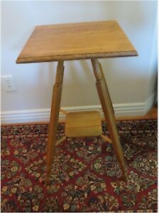 Vintage Antique Oak Fern Stand Lamp Table Or Doll Stand