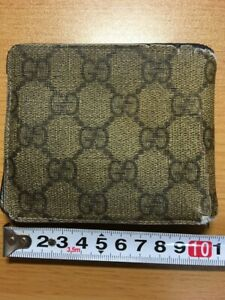 Junk Vintage Old Type Gucci Gg Pattern Bi Fold Wallet From Japan 02