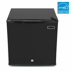 Whynter 1 1 Cu Ft Energy Star Upright Freezer With Lock
