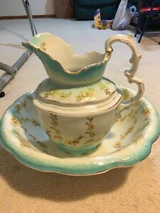 Large Antique Johnson Brothers Wash Basin With Pitcher