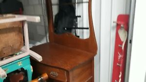 Antique Dry Sink In Excellent Condition