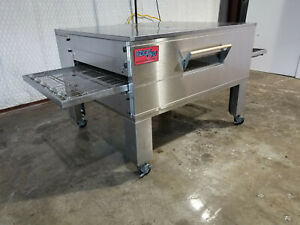Edge 60 Series Single Stack Gas Fired Conveyor Pizza Ovens 32 Belt Width