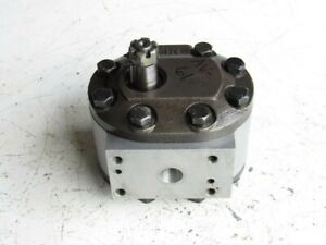 Ford D5nn600c Hydraulic Pump 8600 Tractor for Parts untested