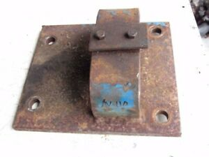 Ford C9nn802a Swinging Drawbar Hitch Clevis Support 8600 Tractor C7nn802a