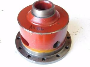 Case David Brown K954483 Differential Housing Cage 1490 Tractor