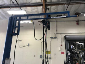 Gorbel Crane 250 Lb Capacity With Demag 275 Pound Rated Chain Hoist