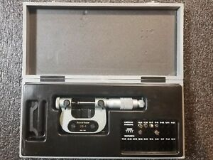 Swisstesa Brown And Sharpe 0 1 No 210 1 Thread Micrometer