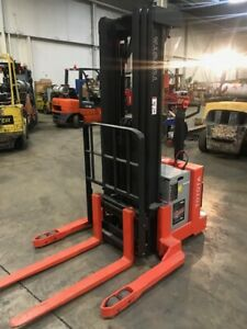 2017 Toyota Straddle Stacker Electric Forklift Only 8 Hours 189 Lift 6bws20