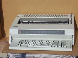 Ibm Wheelwriter 15 Series Ii Electronic Typewriter