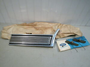 Nos 1972 1973 Ford Gran Torino 2 Door Lh Front Lower Quarter Panel Moulding