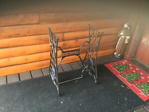 Vintage Cast Iron Singer Treadle Sewing Machine Base Table Legs Stand 1920 S