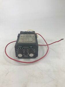 Macromatic Ss 65128 Repeat Cycle Programmable Relay 70169 d 300v 10 Amps