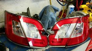 2010 Ford Taurus Tail Light Set